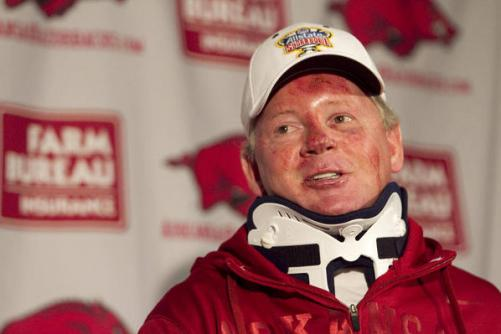 arkansas coach 501x334 Bobby Petrino, Arkansas Football Coach, Admits to Affair with Employee