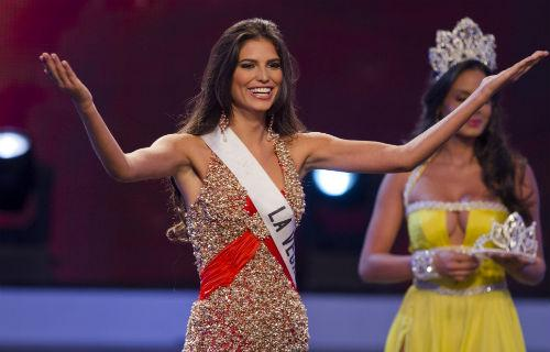carlina duran miss dominican republic 500x320 Carlina Duran, Miss Dominican Republic, Stripped of Crown Due to Secret Marriage
