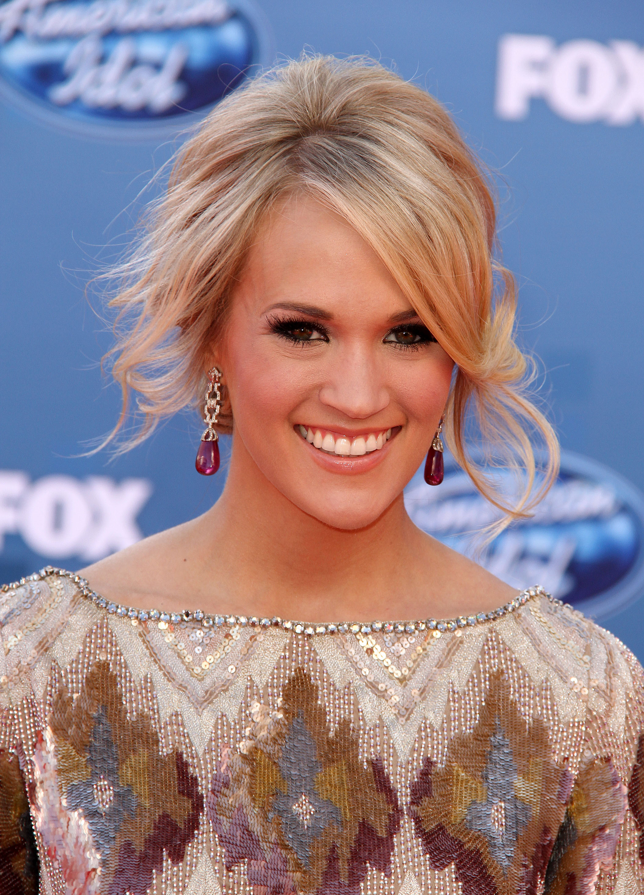 carrie underwood hairstyles front and. Tags: Carrie Underwood