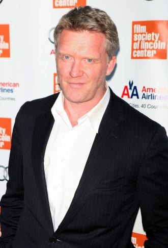 anthony michael hall picture 330x486 Anthony Michael Hall Arrested By Neighbors