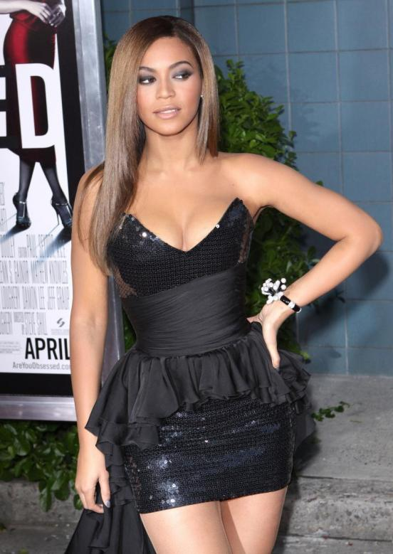 beyonce knowles, lawsuit, dress, clothing, fashion law