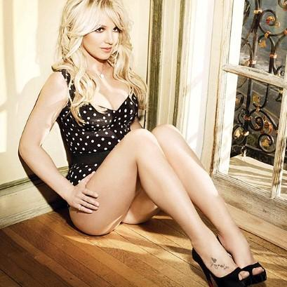 Britney For D&G