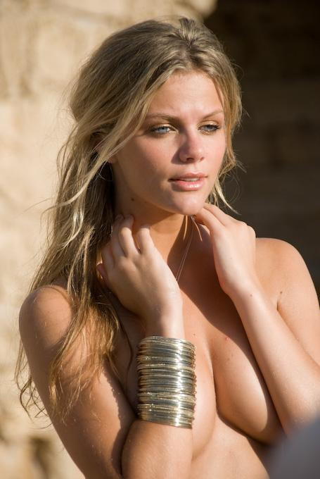 brooklyn decker naker