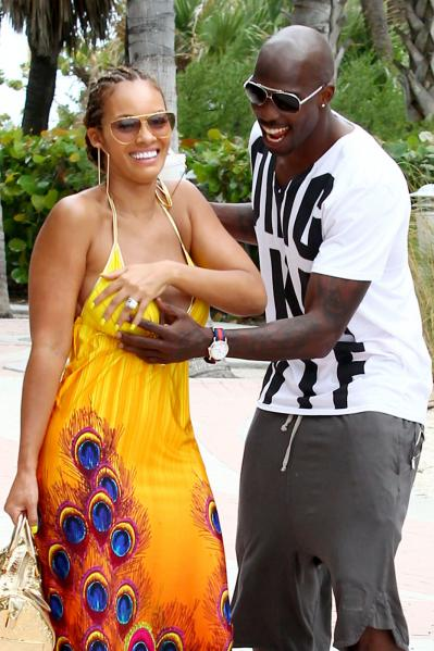 chad johnson and evelyn lozada 399x599 Beverly Shiner: I Boned Chad Johnson ... This Year! A Lot!