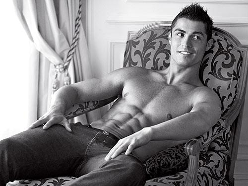 Cristiano Ronaldo Shirtless Picture