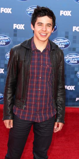 http://static.thehollywoodgossip.com/images/gallery/david-archuleta-at-the-finale_275x550.jpg