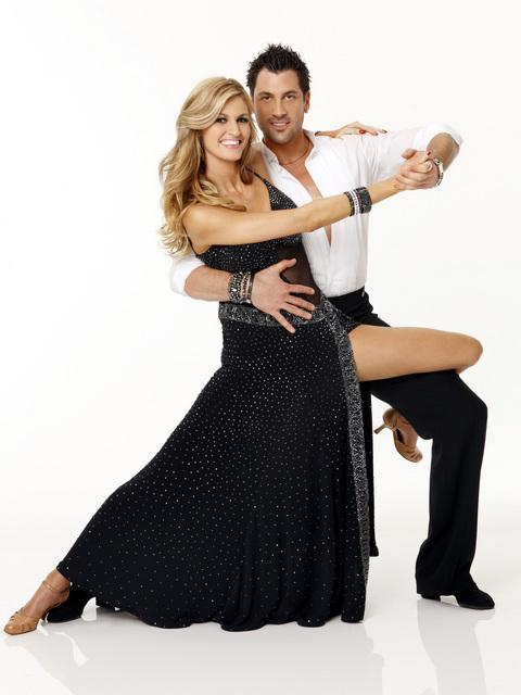 http://static.thehollywoodgossip.com/images/gallery/erin-andrew-and-maksim-chmerkovskiy.jpg