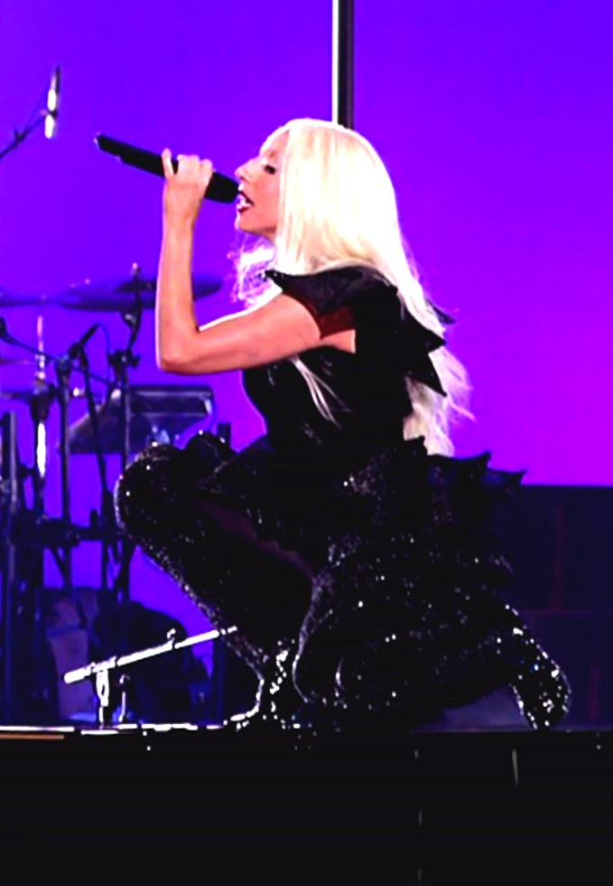 Gaga Does Squat