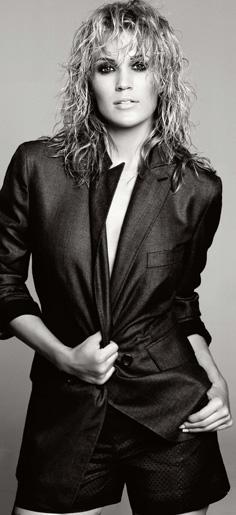 carrie underwood hot. Hot Carrie Underwood Photo