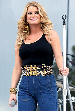 jessica simpson fat. Is Jessica Simpson Too Fat?