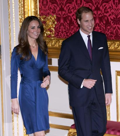 kate middleton dress engagement dress. Kate Middleton Dress