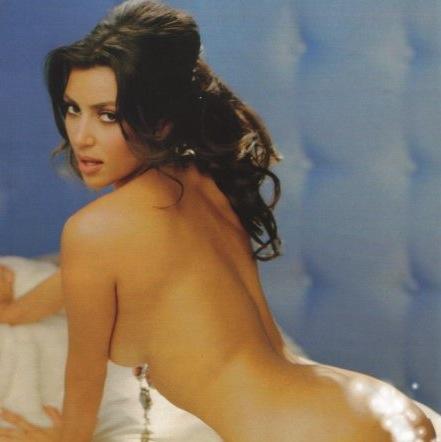http://static.thehollywoodgossip.com/images/gallery/kim-kardashian-naked.jpg