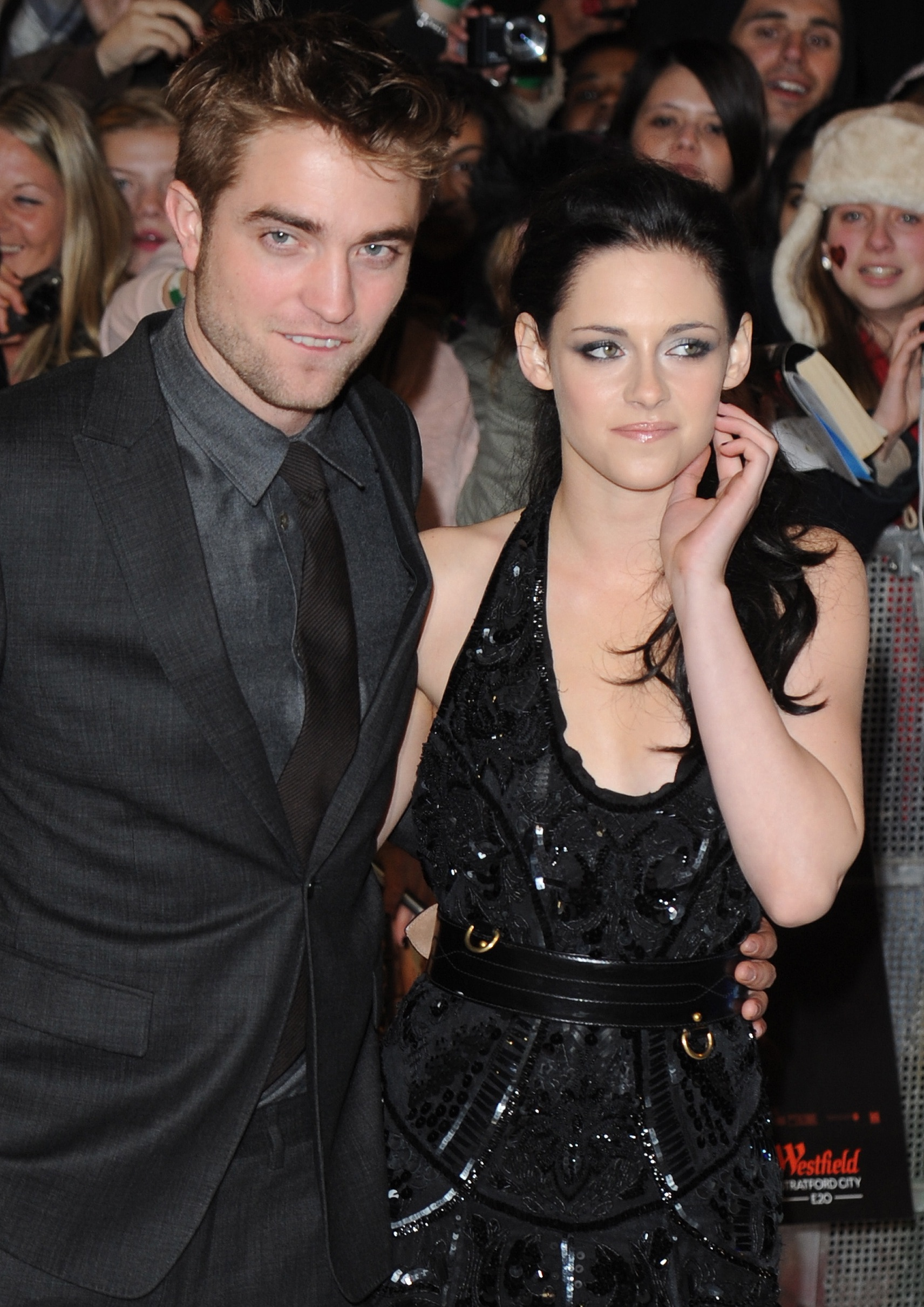 robert pattinson and kristen stewart. ROBERT PATTINSON AND KRISTEN