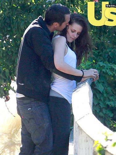 Kristen Stewart Leaked Cheating Photos Web Designs Indu...