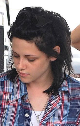 kristen stewart haircut. Kristen Stewart#39;s Short Hair