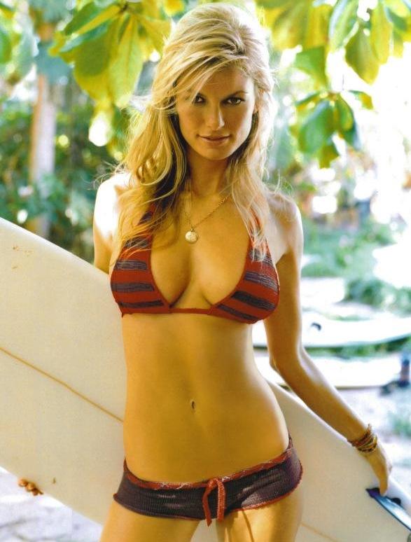 Marisa Miller, on bikini pose