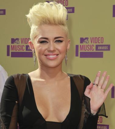 Outstanding Miley Cyrus New Hair Borbotta Com Short Hairstyles For Black Women Fulllsitofus