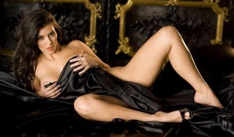 naked-kim-kardashian_472x276.jpg