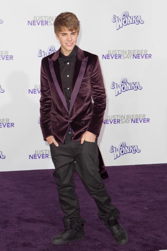 obsessive justin bieber fans. Teenage Justin Bieber Fans