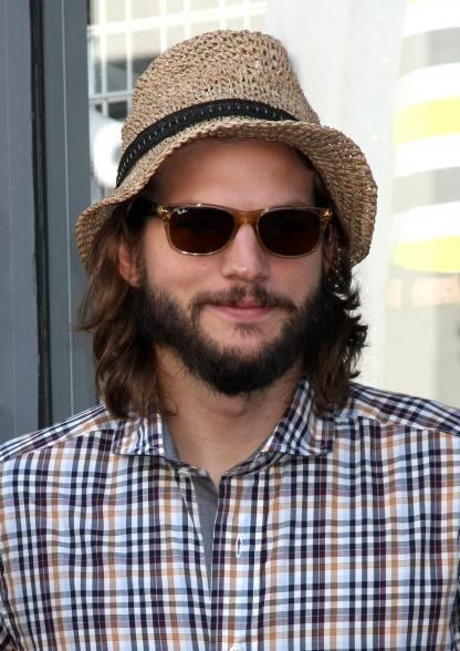 photo of ashton kutcher 416x588 Report: Ashton Kutcher Hosted Naked Hot Tub Party in San Diego