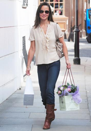 alex loudon pippa middleton. Now a stockbroker, Alex Loudon