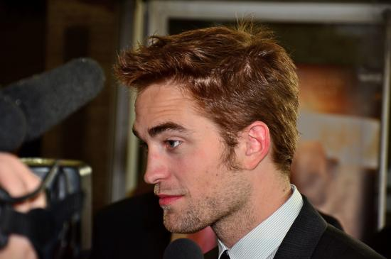 Robert Pattinson Profile