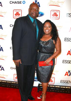 http://static.thehollywoodgossip.com/images/gallery/sherri-shepherd-and-lamar-sally_290x415.jpg