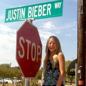 Sign for Justin Bieber Way