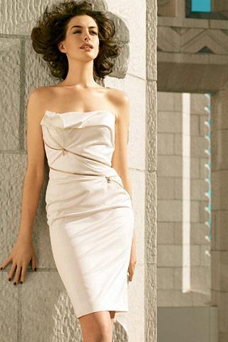 anne hathaway photo shoot 2011. Anne Hathaway in