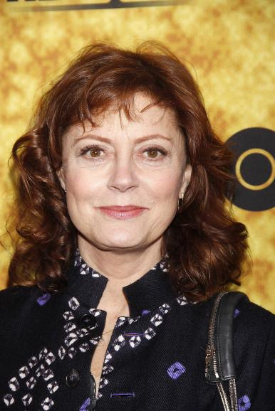 susan sarandon photo 386x578 Organizations Rip Susan Sarandon for Pope Remark, Call for an Apology