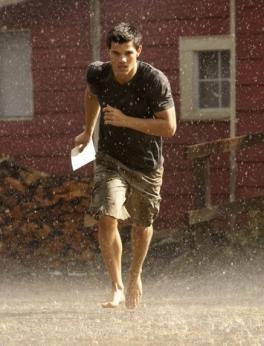 Taylor Lautner Breaking Dawn Photo
