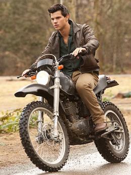Taylor Lautner in Breaking Dawn