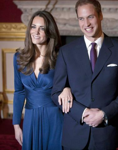 kate middleton wedding dress designer. beauty#39;s wedding gown.