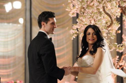 bethenny frankel wedding dress. Shawn helps Bethenny make her