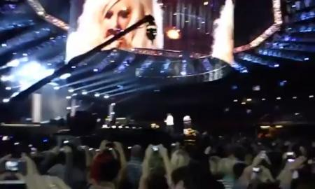 Christina Aguilera - Smile (Live at MJ Tribute)
