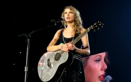 taylor-swift-long-live-live_450x282.png