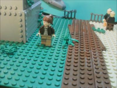 The HUNGER GAMES TRAILER: Lego Style! - The Hollywood Gossip